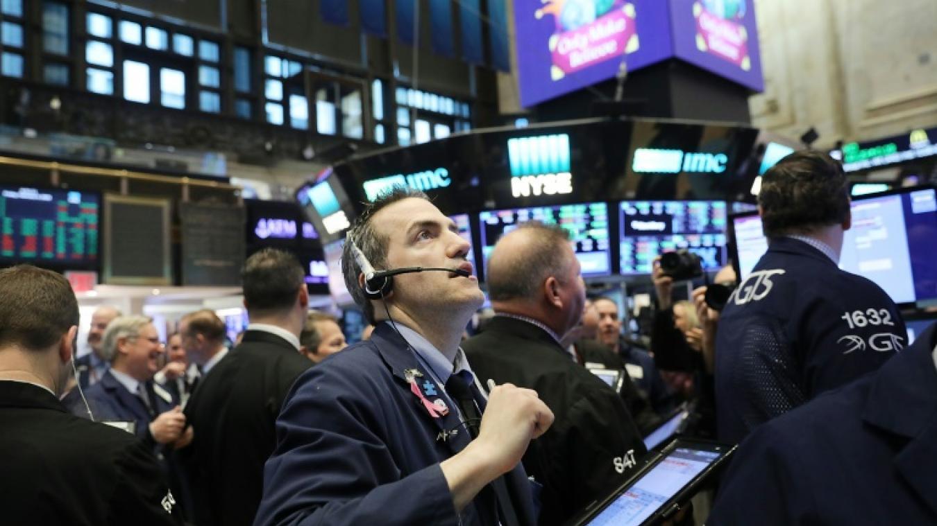 De bons indicateurs n'ont toujours pas rassuré — Wall Street
