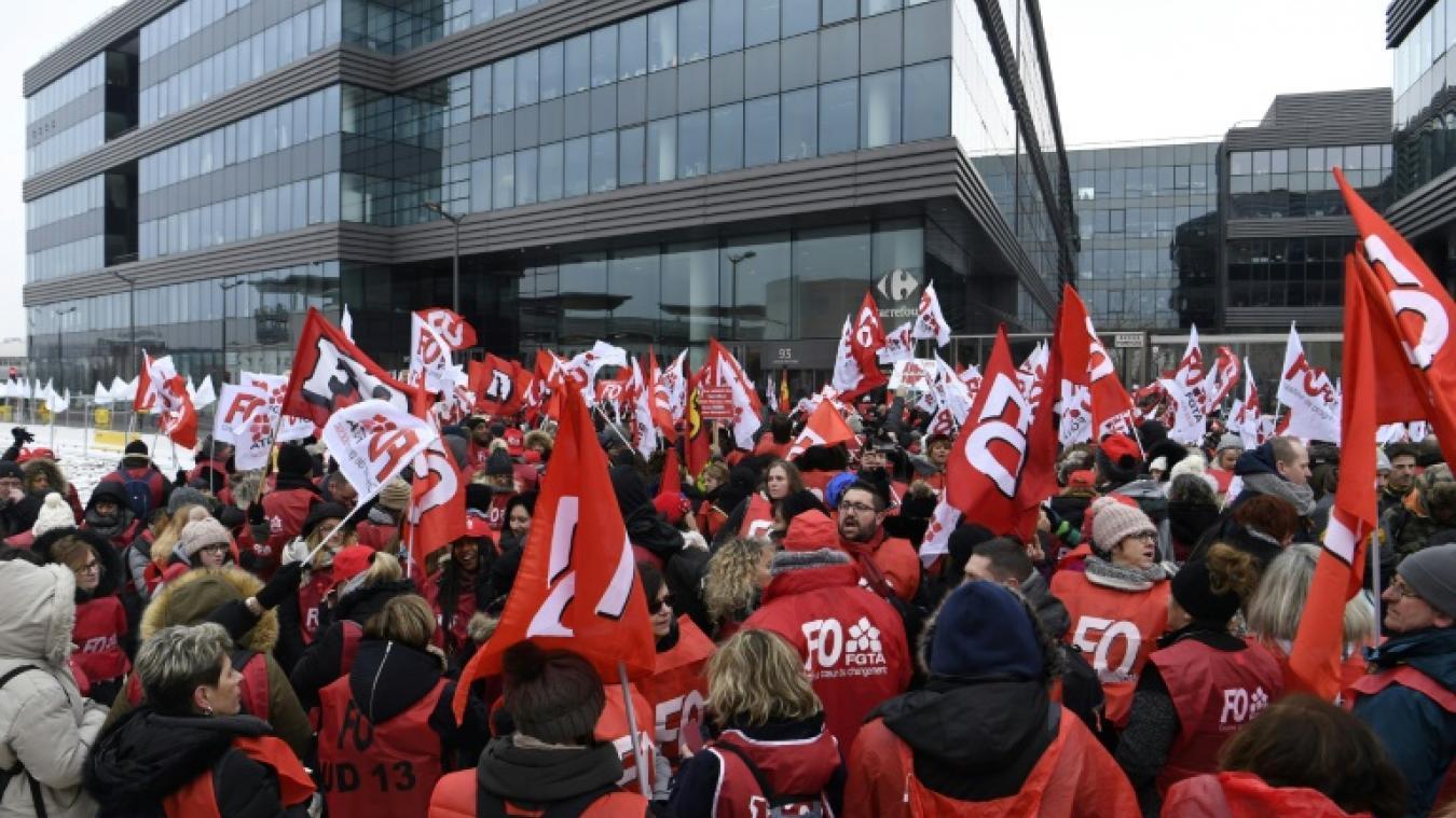 b6a47fda3b3 Carrefour  les deux premiers syndicats appellent à la