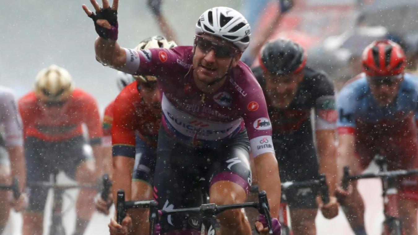 Tour d'Italie: Viviani à la fête avant les Alpes