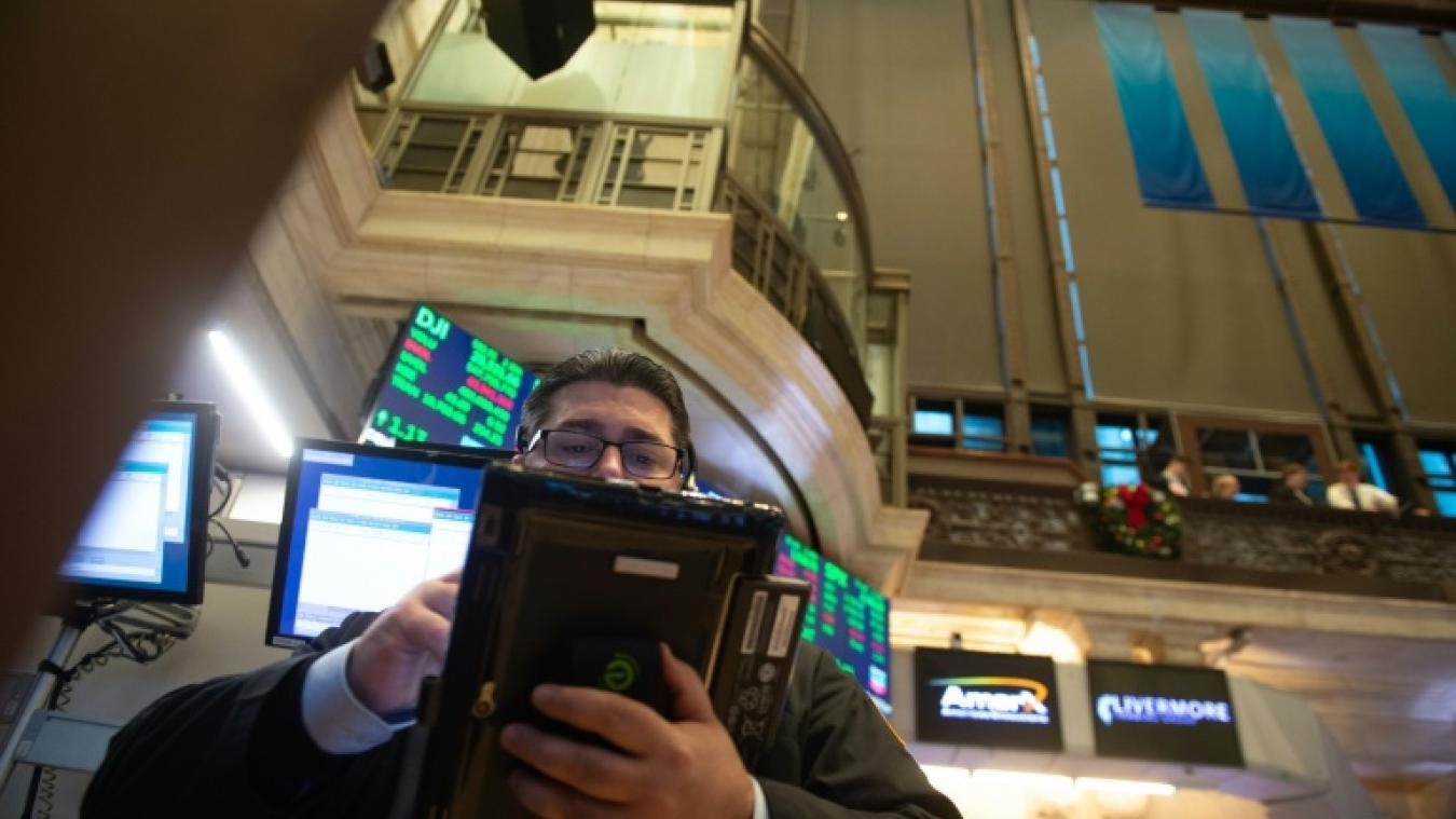 Wall Street, affectée par une arrestation, chute à l'ouverture — Bourse
