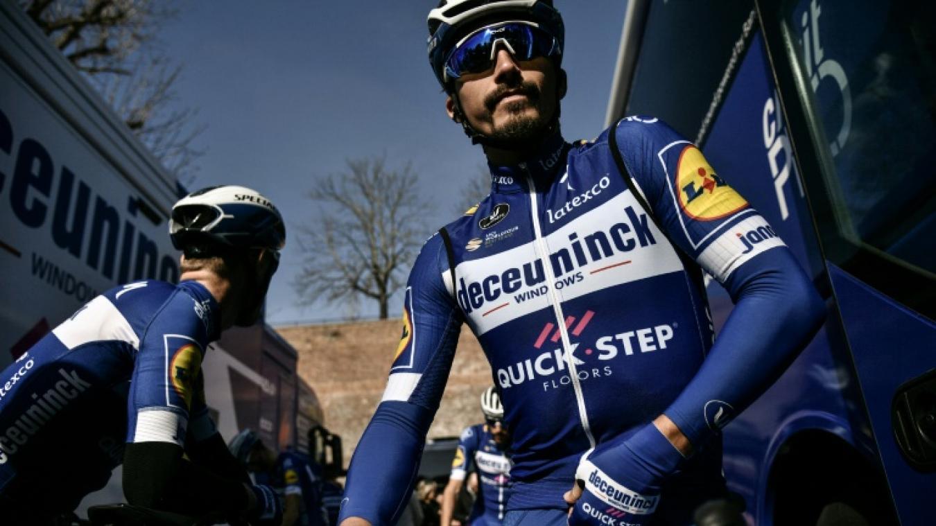Julian Alaphilippe remporte les Strade Bianche