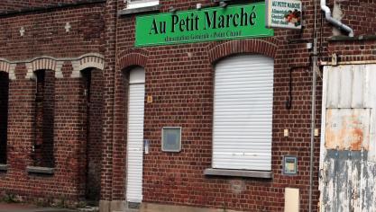 Les villages du Nord - Pas-de-Calais se battent pour conserver leurs petits  commerces aa703e68746