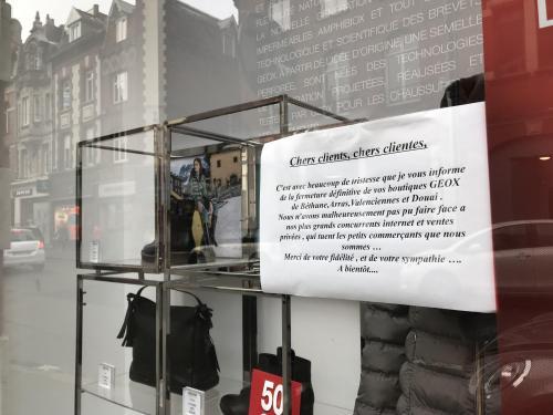 Permitirse logo Electropositivo  Béthune La boutique Geox allonge la liste des fermetures dans le  centre-ville
