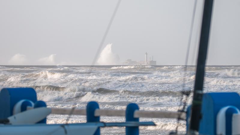 El dique Carnot estaba en la primera fila de la tormenta el miércoles por la mañana.