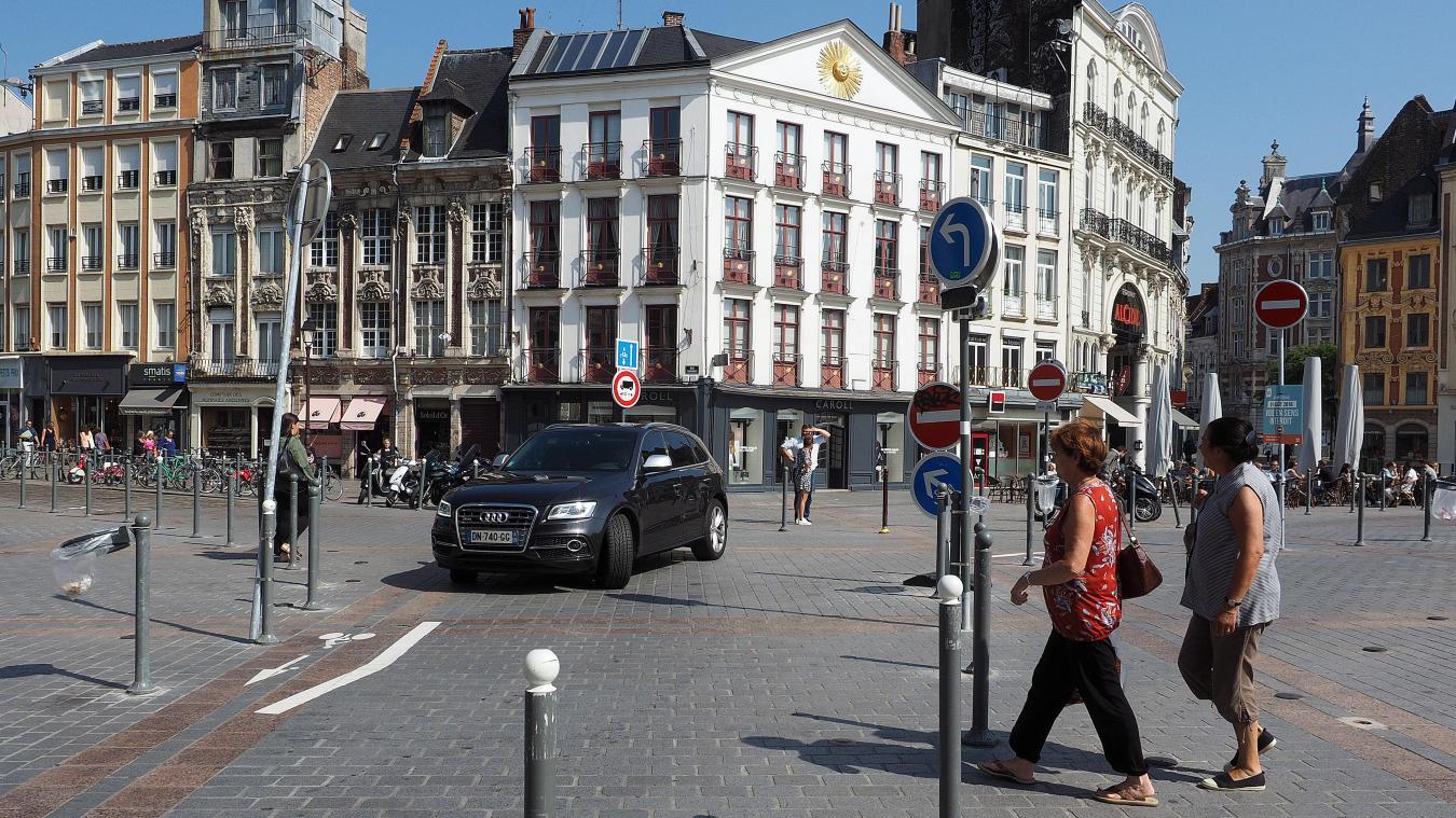 882f27c1536 Grand-Place de Lille   une piétonnisation qui ne dit pas son nom