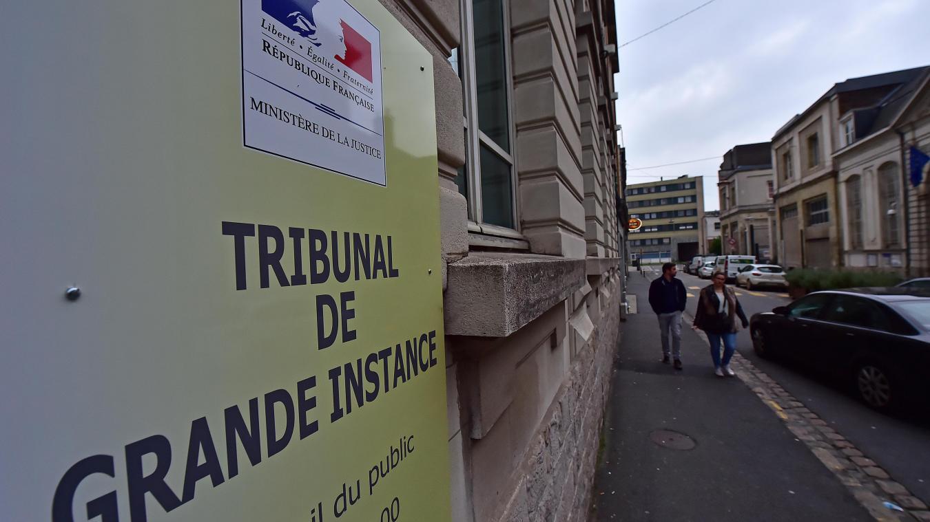 Valenciennes: il filmait sous les jupes dans les hypermarchés - La Voix du Nord