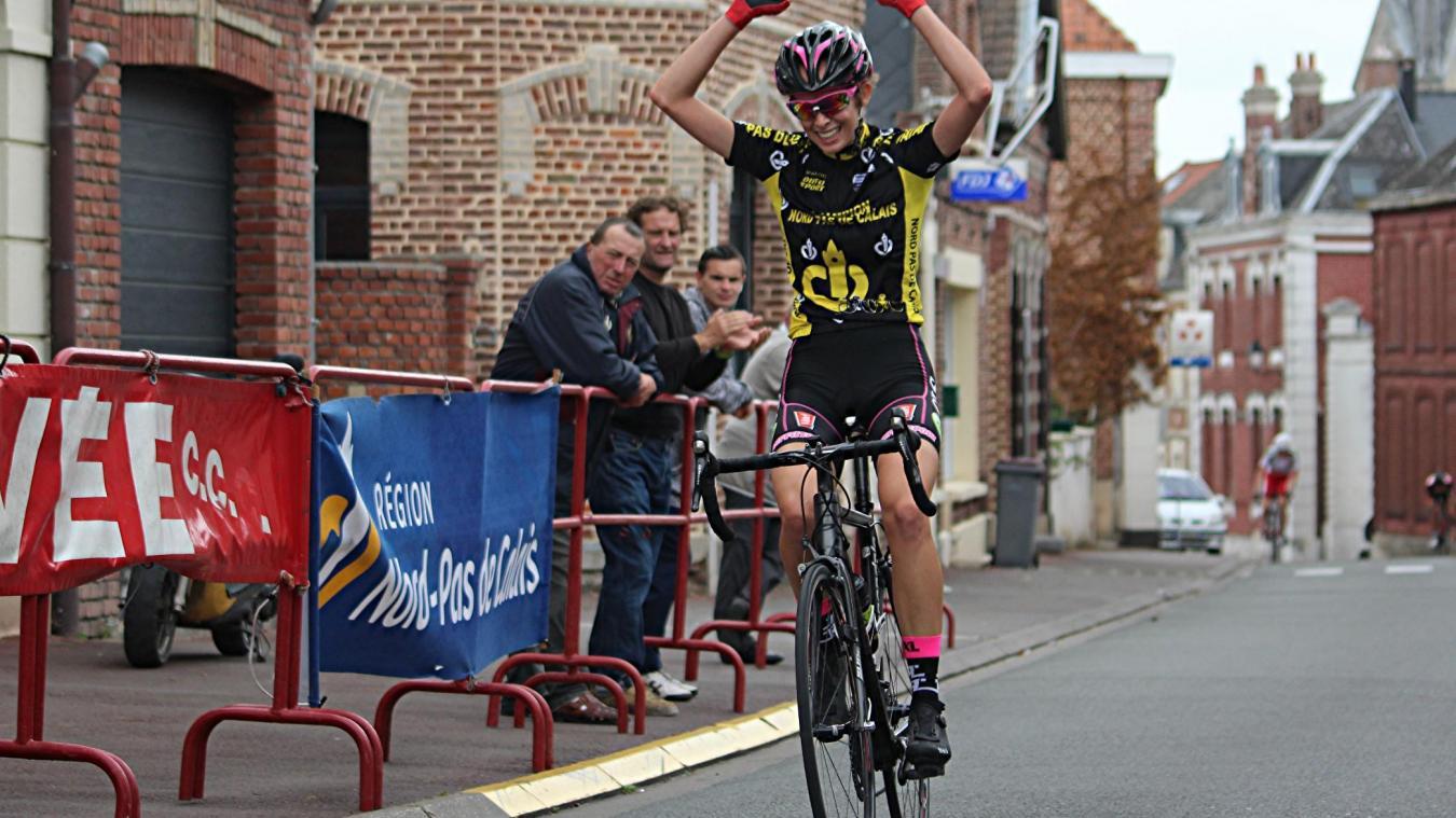 Cyclo Cross Calendrier.Cyclisme La Route Se Termine Le Cyclo Cross Ouvre Son