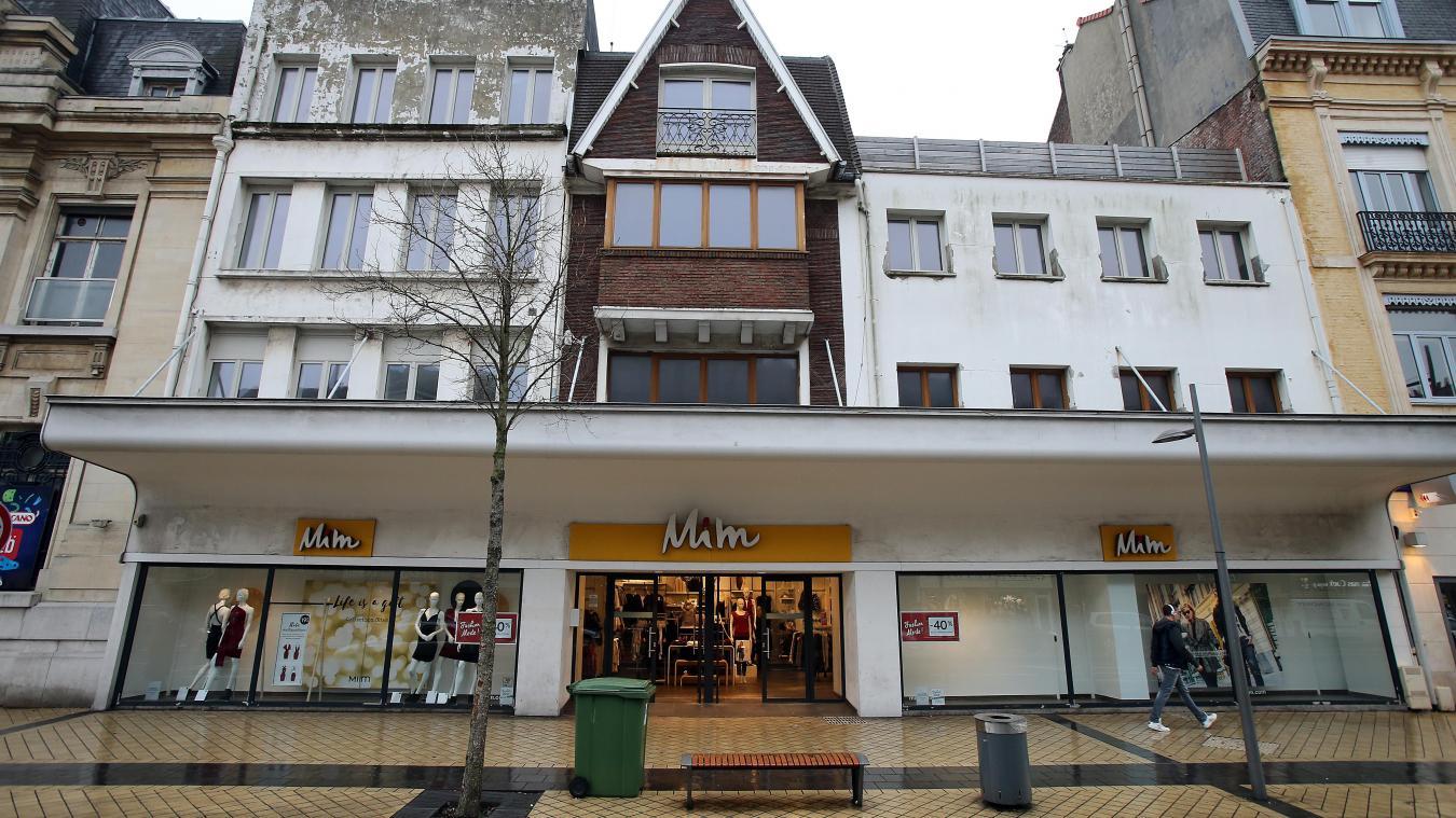 CALAIS  Hécatombe dans les commerces du centre-ville   MS Mode ferme ... eea24828360