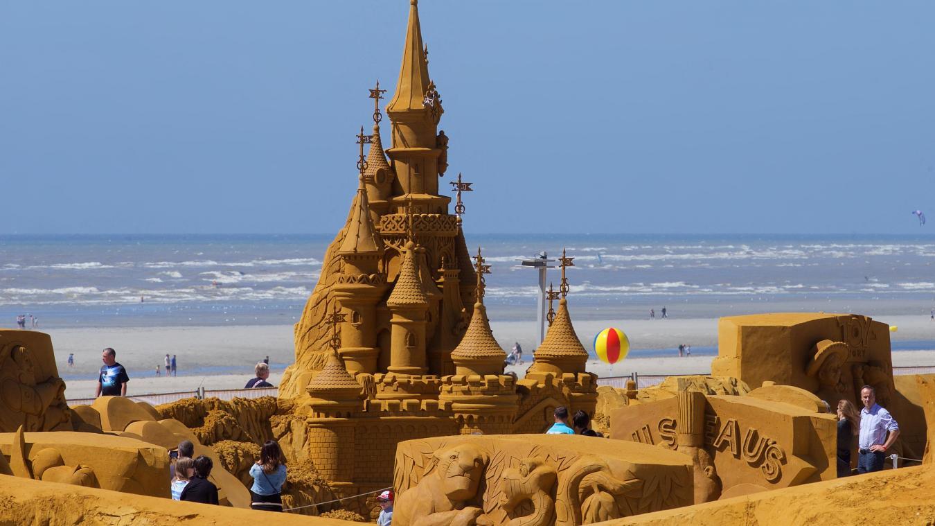 Les statues de sable  B9711475632Z.1_20170321100525_000%2BGOG8O3T80.2-0