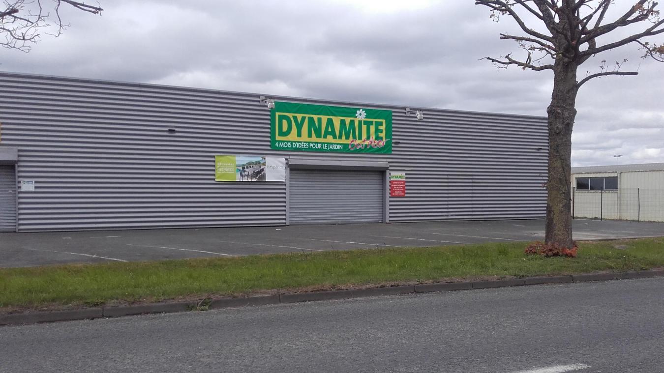 Le Magasin Dynamite De Saint-Martin Va Se Concentrer Sur La Vente De  Mobilier De
