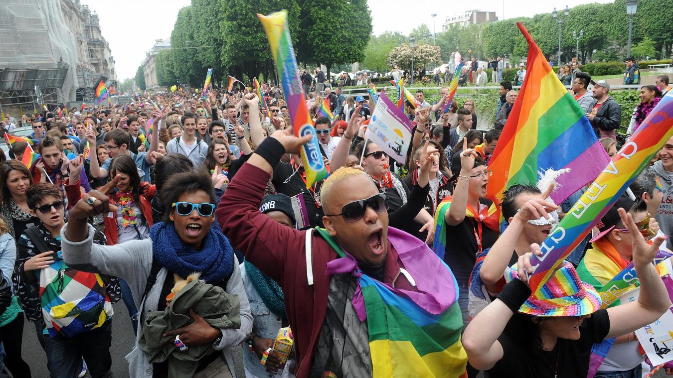 gay pride rencontre à Les Mureaux