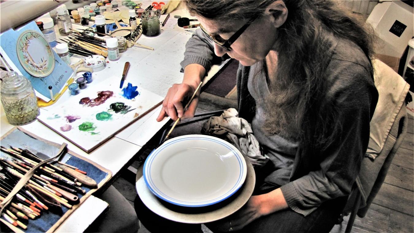 Tuto Peinture Sur Porcelaine marcq-en-barœul alexia lignon, la peintre sur porcelaine des