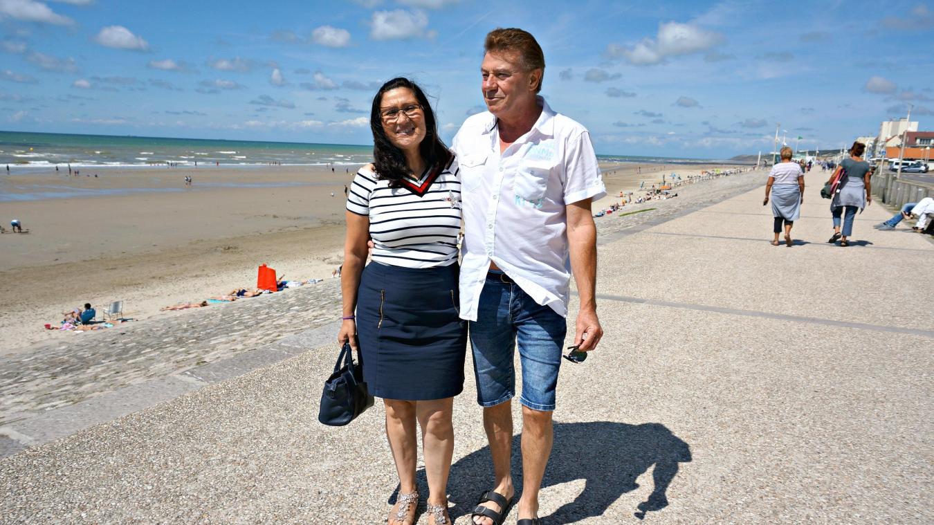 Hier matin, Nadège et Patrice se sont rencontrés pour la première fois dans  leur ville 763f78e8e4c