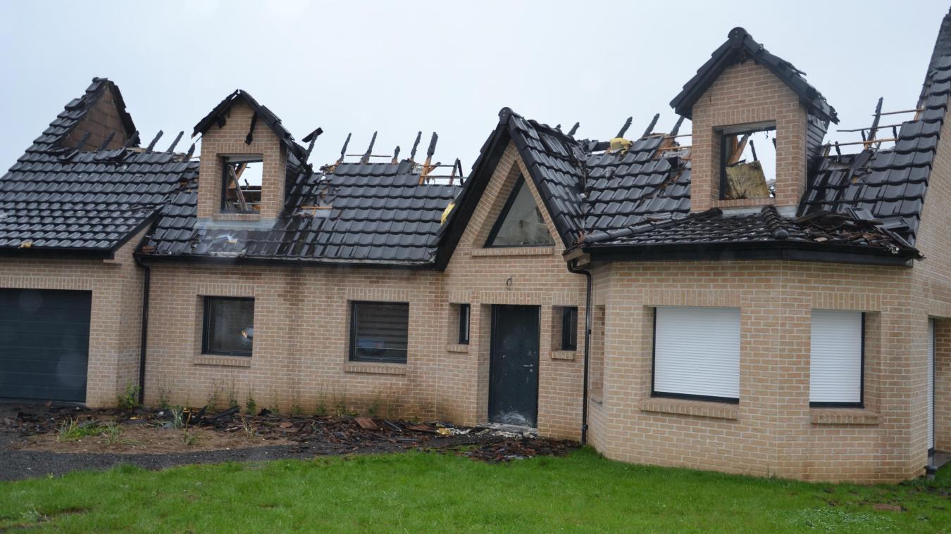 La toiture est détruite. La maison n est, pour l heure, 50c0368b3980
