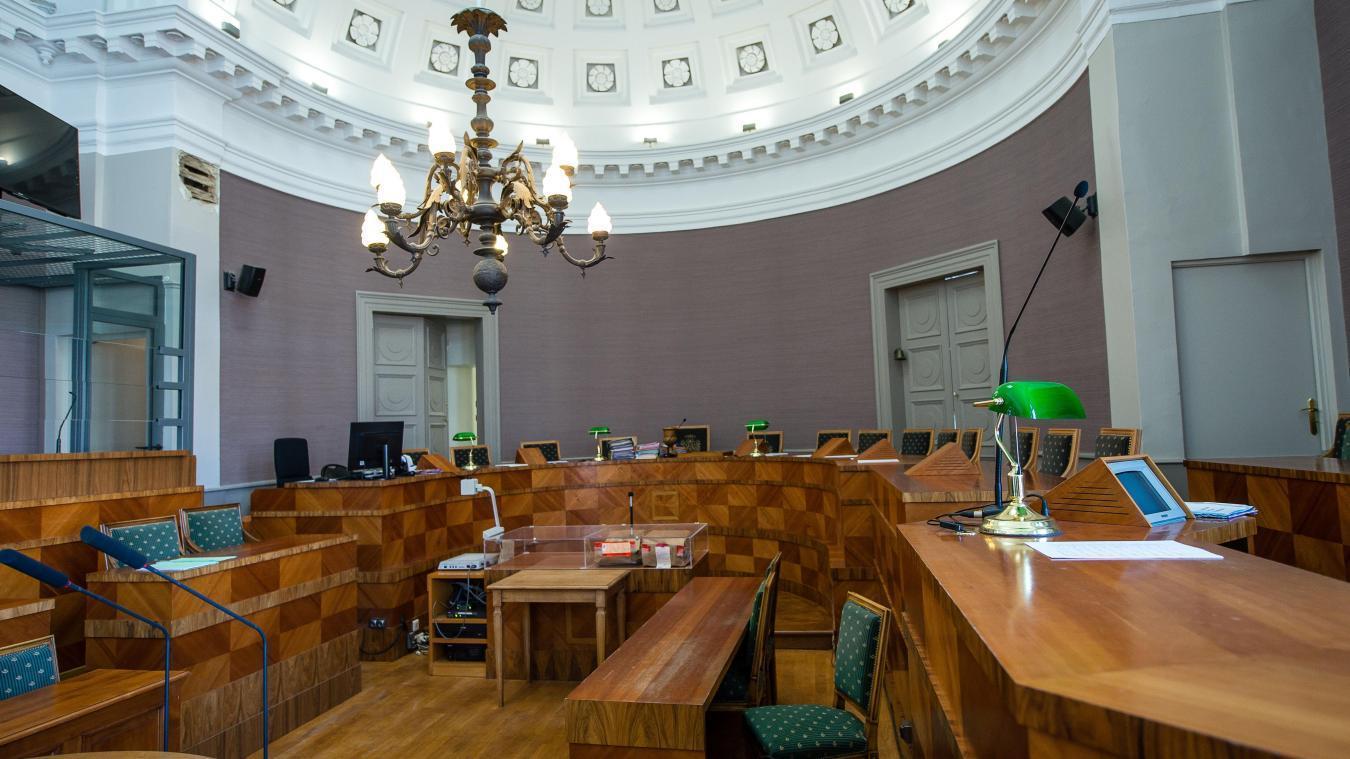 Boulogne : le procès du chauffeur routier accusé du meurtre de son collègue se poursuit