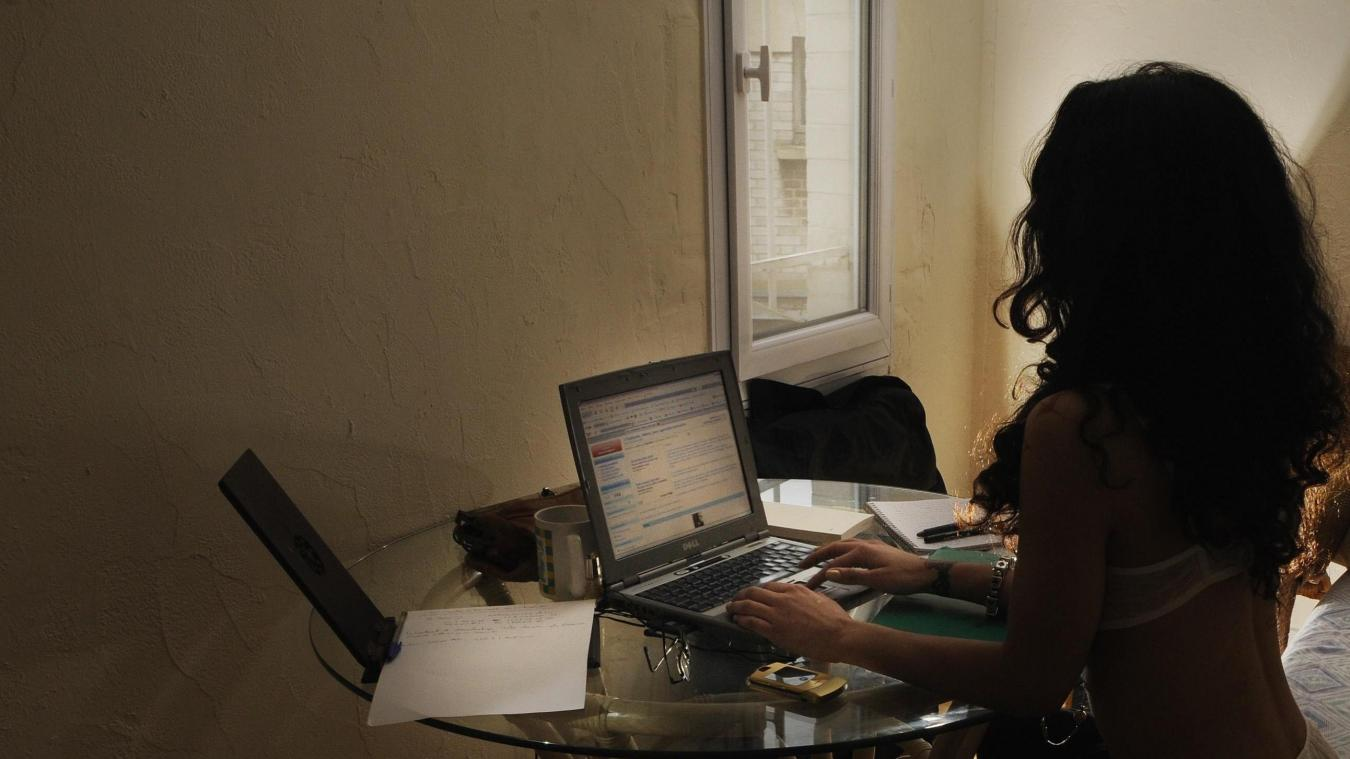 Call girl in Amiens