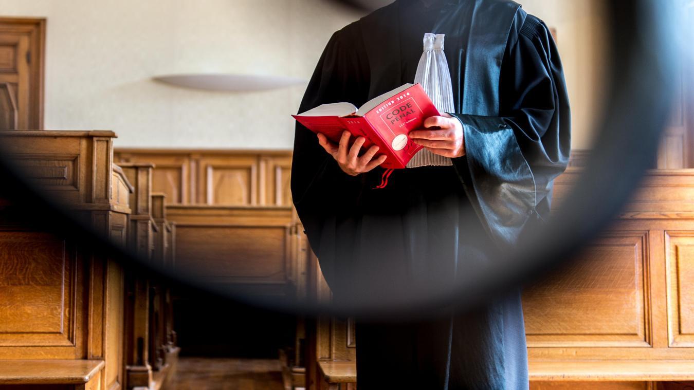 Un magistrat giflé en pleine audience par le père d'une prévenue — Savoie