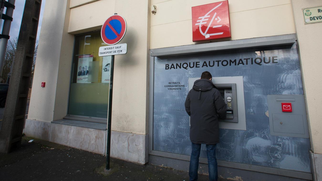 Banque Des Clients De La Caisse D Epargne Debites En Differe Voient