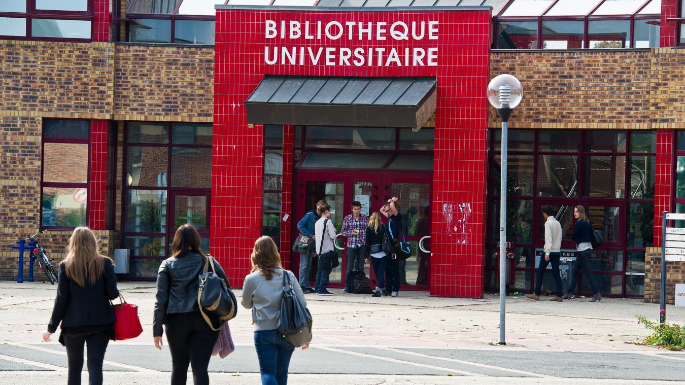 La bibliothèque de l'Université d'Artois a pour projet de s'ouvrir plus sur la ville. PHOTO ARCHIVES PASCAL BONNIERE