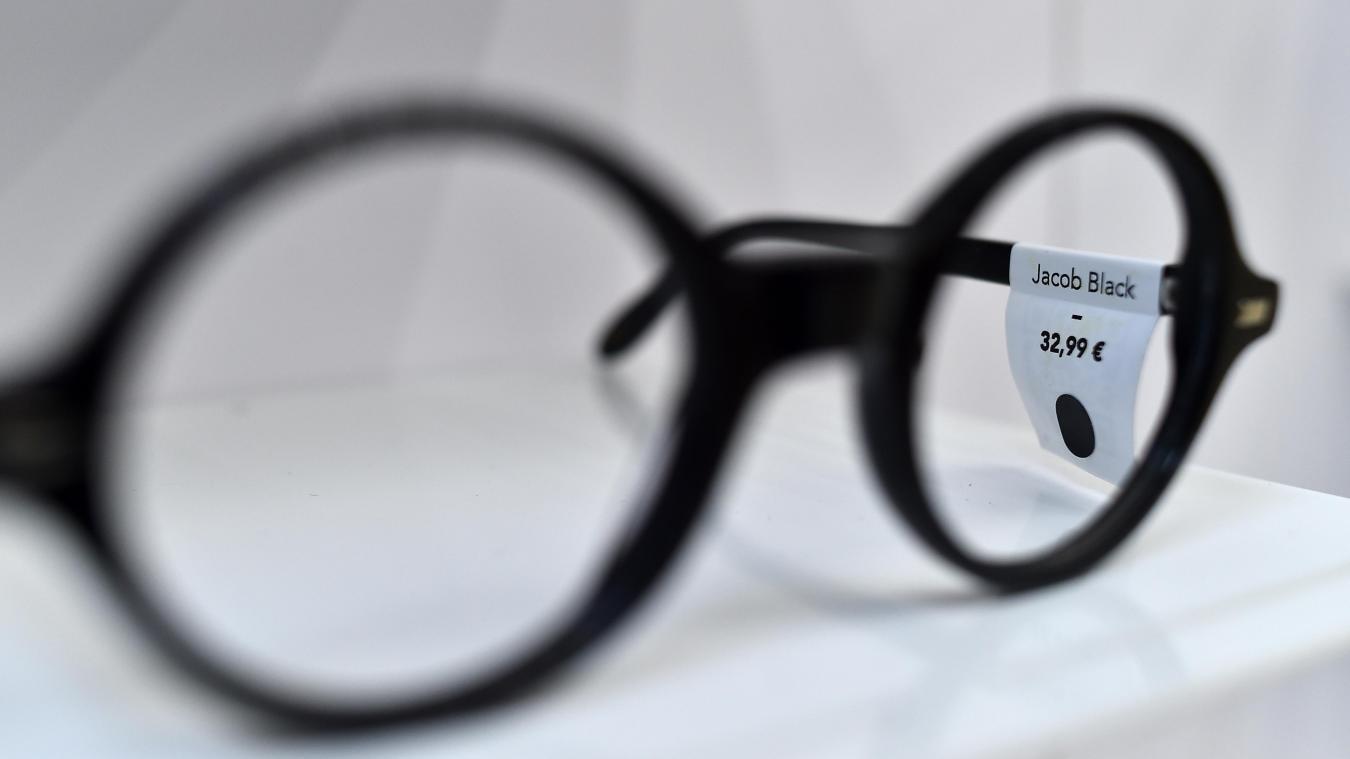 febc25d404 Prix des lunettes: Rembourser à 100% les lunettes? À voir…