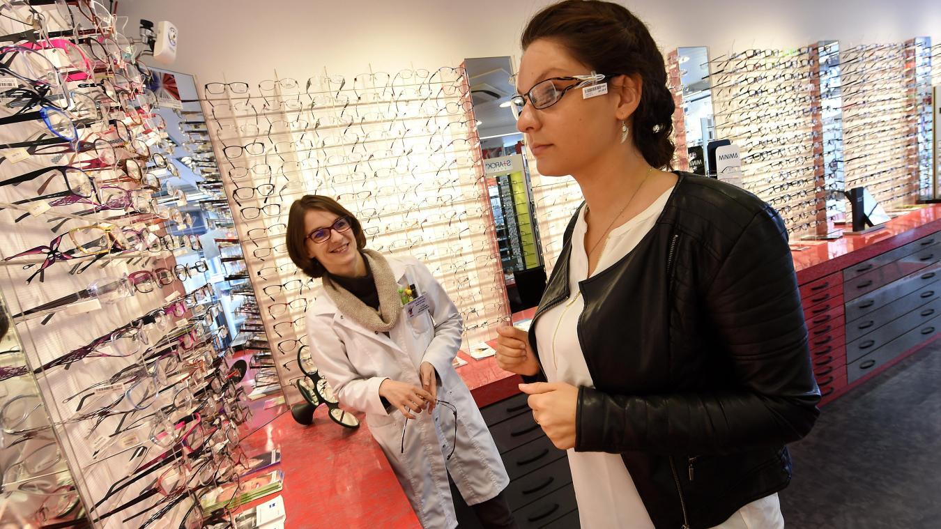 6d4670508e717f Les opticiens défendent la qualité de leurs services. Un opticien consacre  en moyenne 162 heures