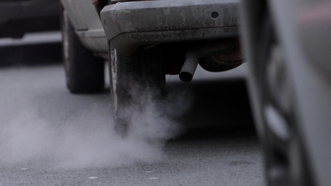 « Pour un véhicule qui émet 140g/km, on va passer le malus de 690 euros à 1 901 euros », explique le ministre de l'Economie. Photo illustration Baziz Chibane