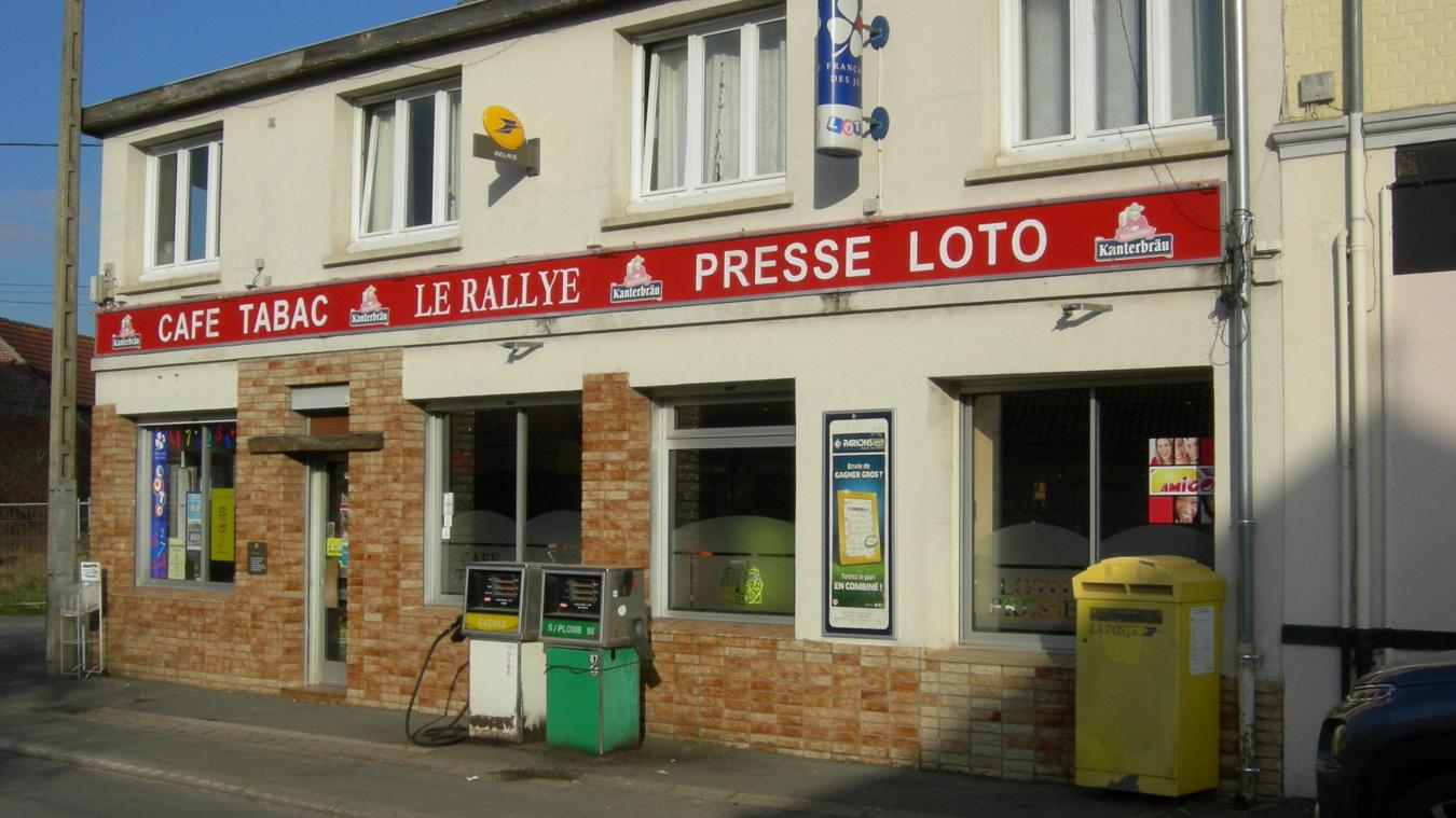 Neuville saint vaast le bar tabac devient aussi poste relais