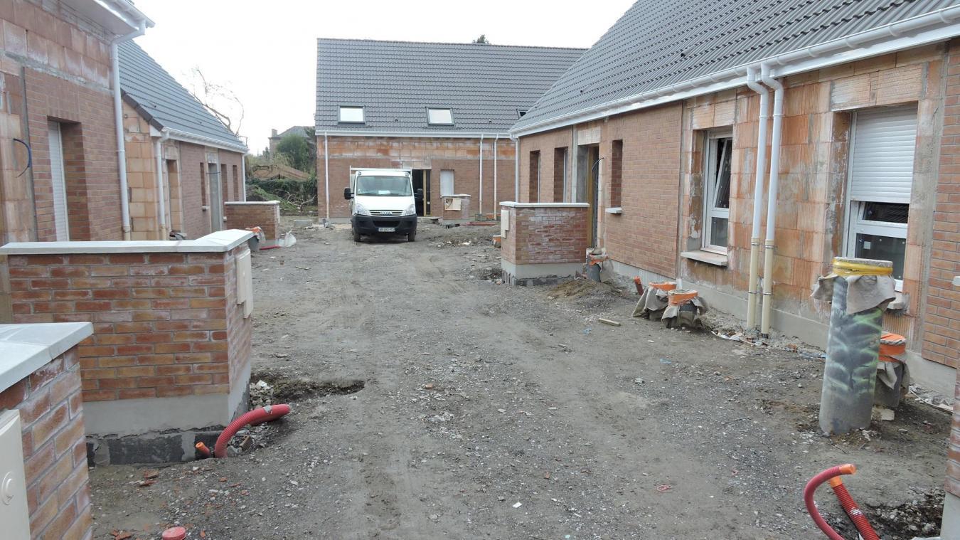 Sept logements sont en cours de finition sur ce qui fut le parking de la gendarmerie.