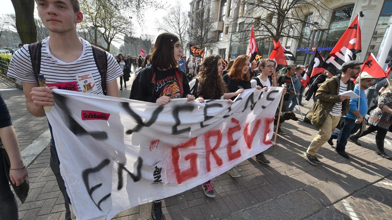Les perturbations à prévoir — Grèves et manifestations