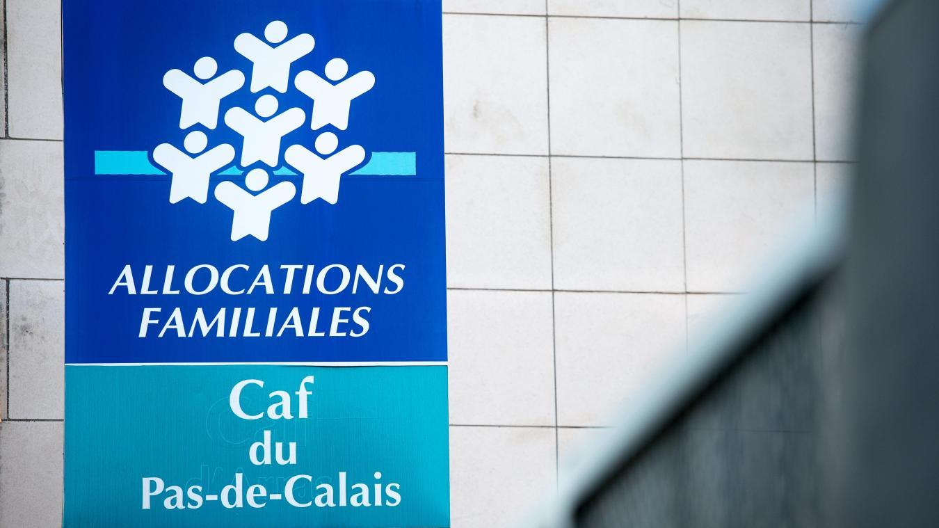 Calais Le Mouvement Balance Ta Caf Organise Un Rassemblement