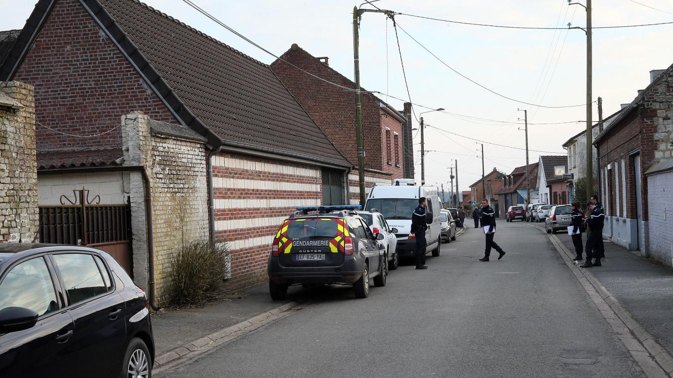 Un couple retrouvé tué par balles à son domicile — Servins