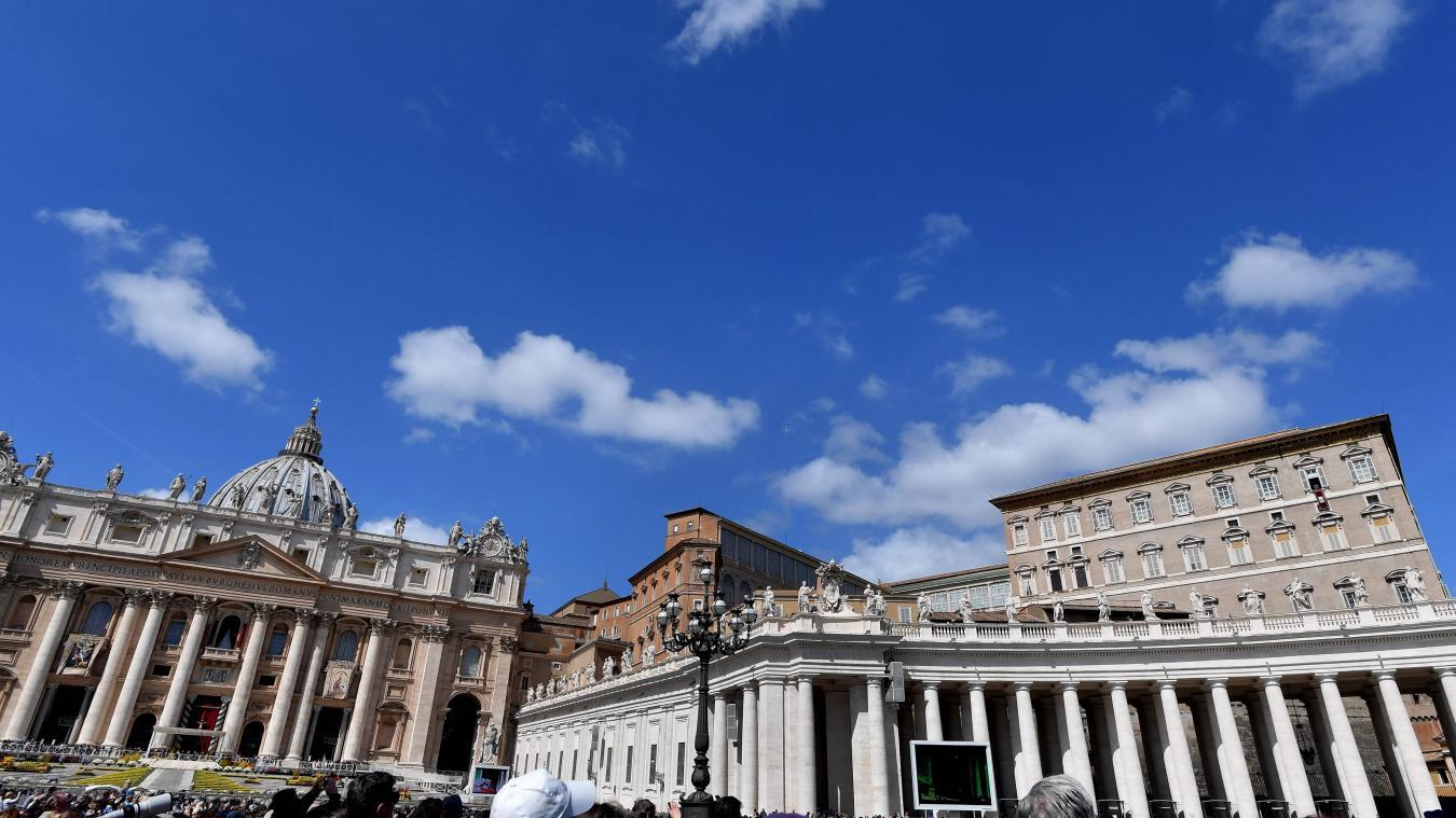 Un prêtre soupçonné d'avoir consulté des images pédopornographiques arrêté au Vatican