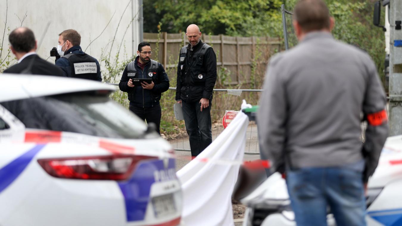 Un corps calciné découvert sur un trottoir près d'une école — Nord