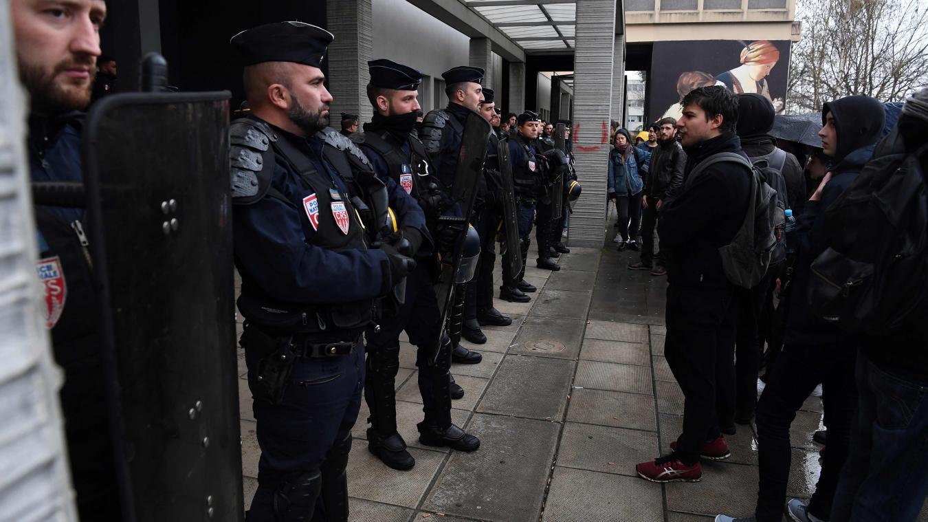 Les examens de droit reportés à Nanterre