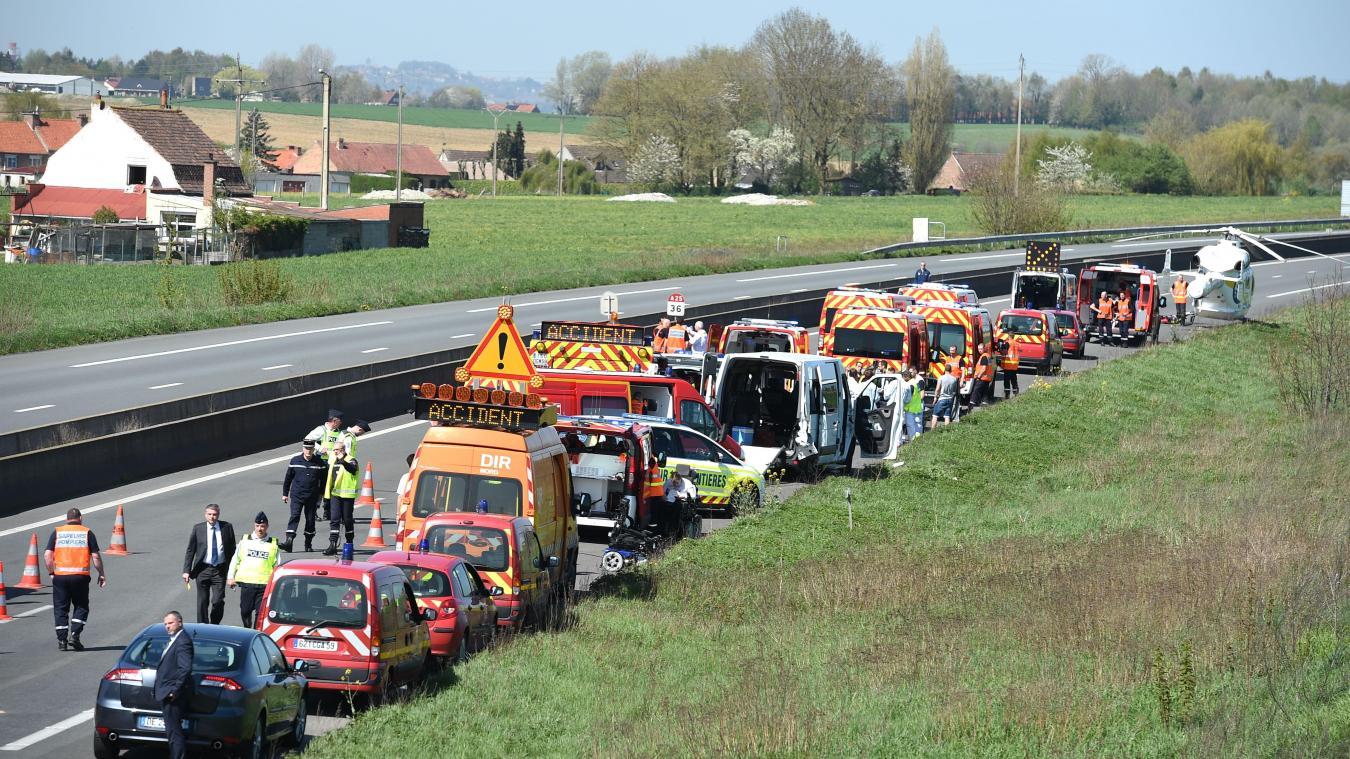 Nord: accident de minibus transportant des enfants handicapés 18 blessés, 3 graves
