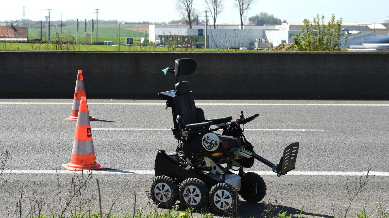 Accident de minibus transportant des enfants handicapés 18 blessés, 3 graves — Nord