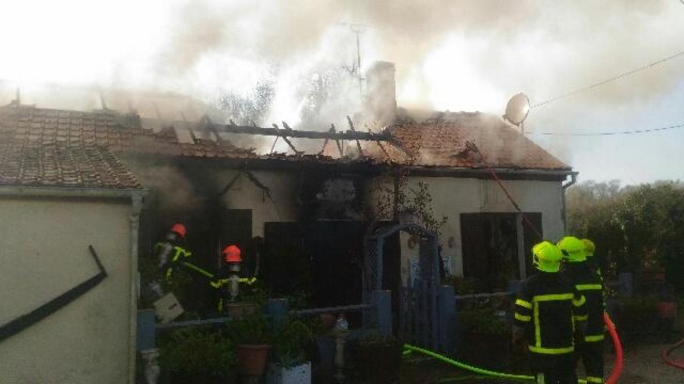 Neufchâtel-Hardelot - Un feu d\'habitation visible à des kilomètres ...