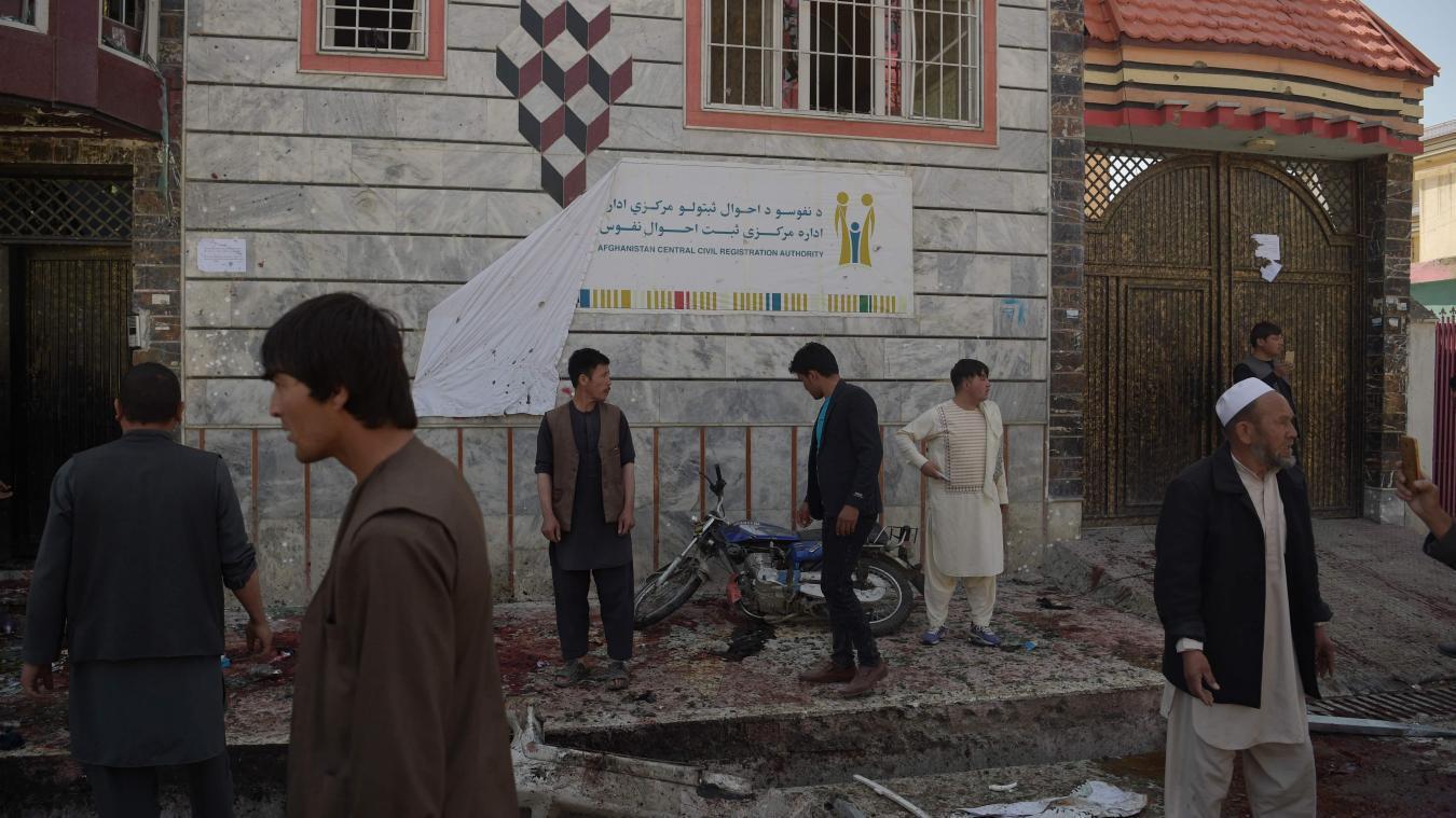 Attentat dans un centre d'enregistrement électoral — Afghanistan