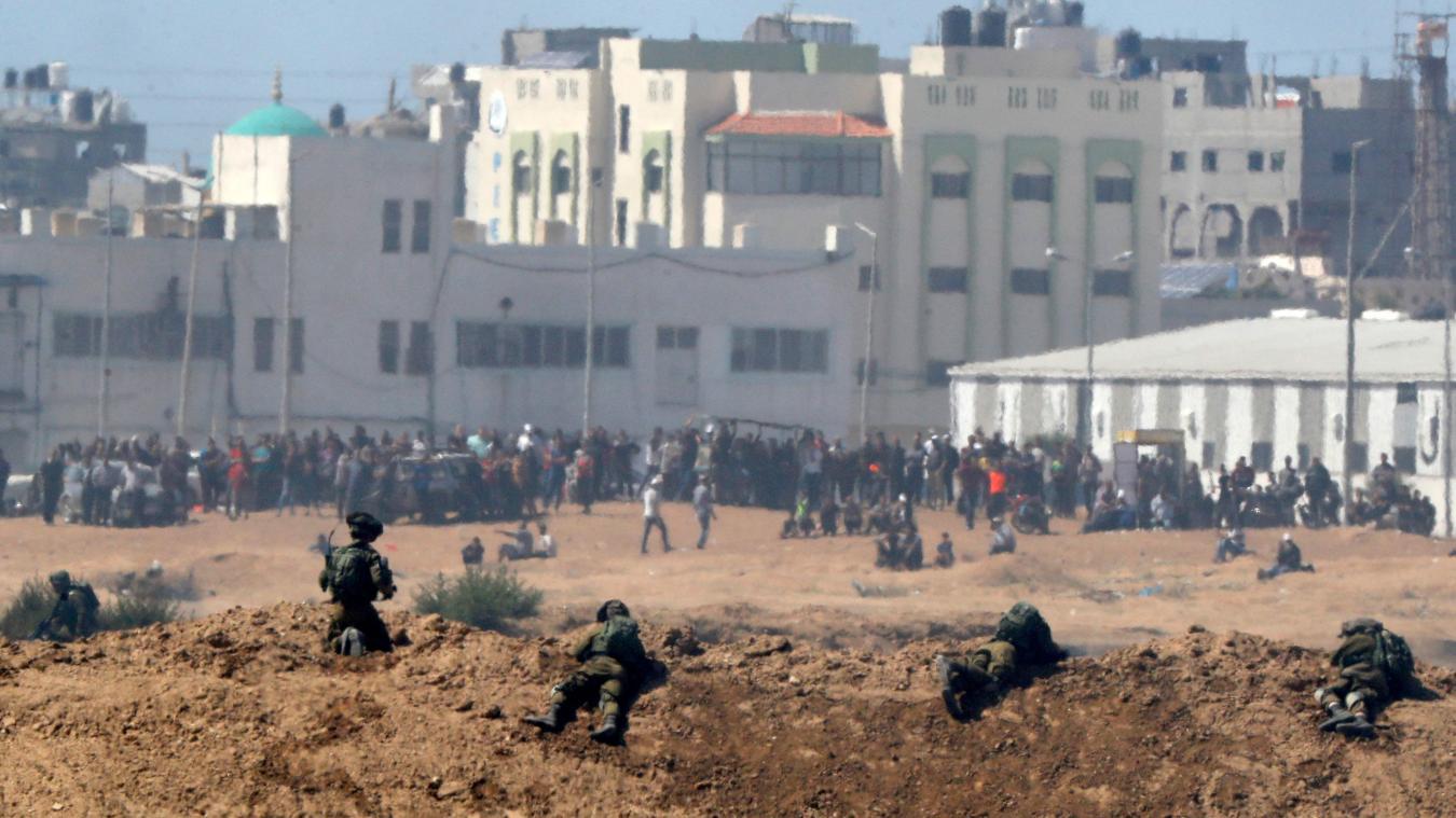 Les soldats israéliens ont tué 55 Palestiniens lundi à la frontière de la bande de Gaza