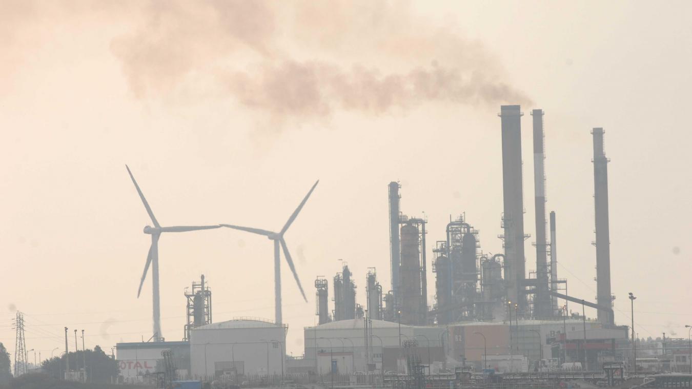 La Commission a ouvert une trentaine de procédures d'infraction en matière de pollution atmosphérique qui en sont à différents stades d'avancement