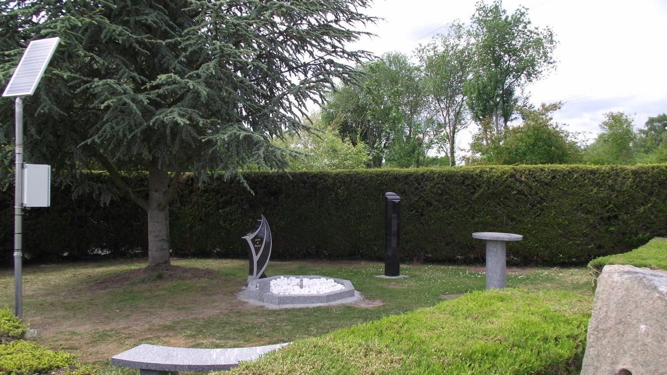 le jardin du souvenir avec le discret monument russi selon nous o les - Jardin Du Souvenir
