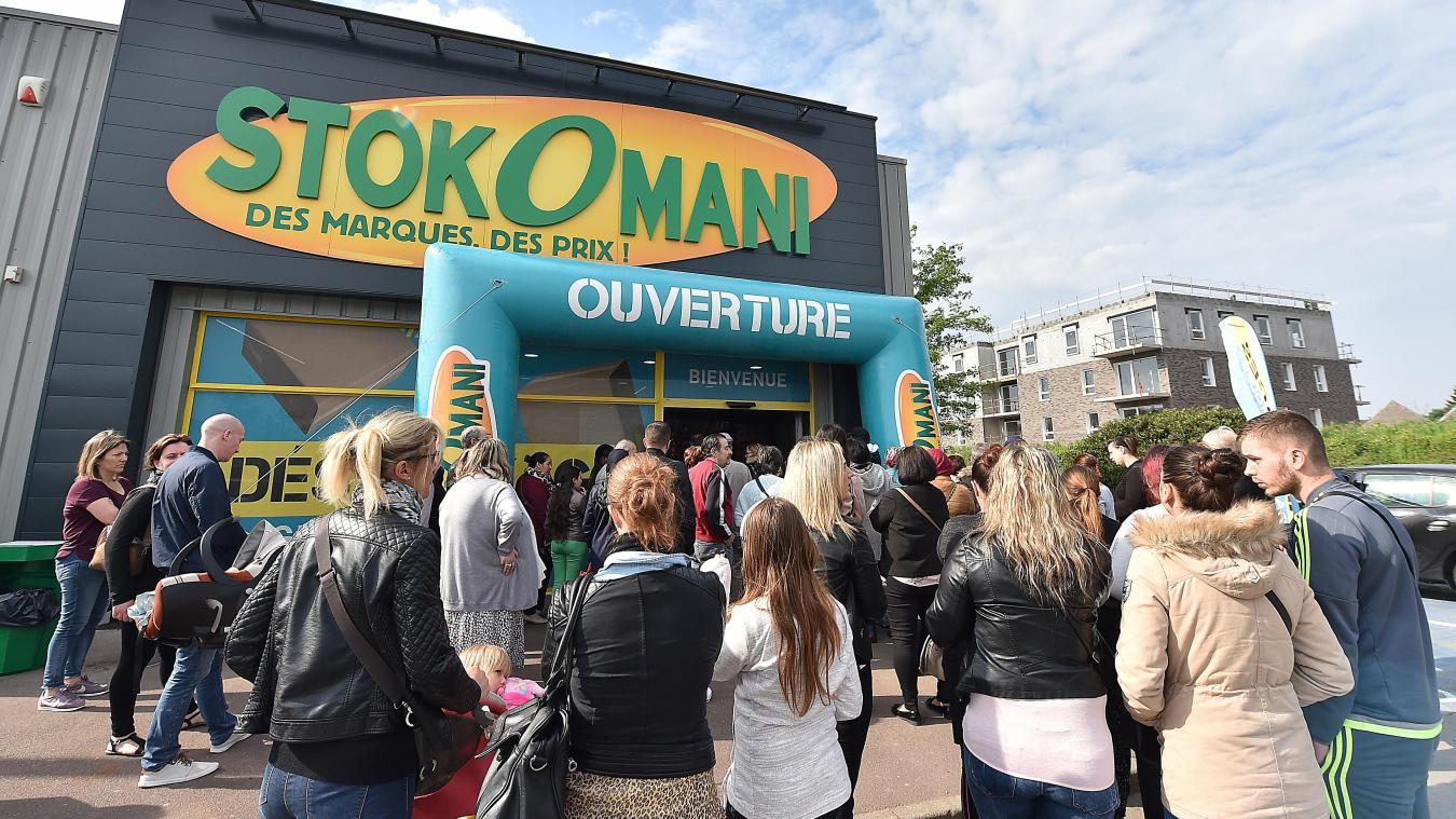 L enseigne StokOmani avait ouvert un nouveau magasin le mois dernier à  Lys-lez 7c3d0528cdbc