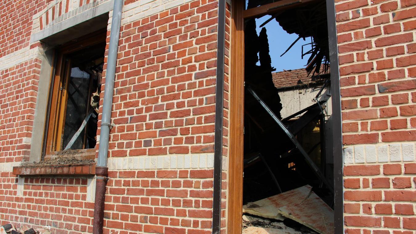 Le propriétaire avait racheté la maison il y a moins d un mois et avait  commencé des travaux. PHOTO « LA VOIX » 219488b09696