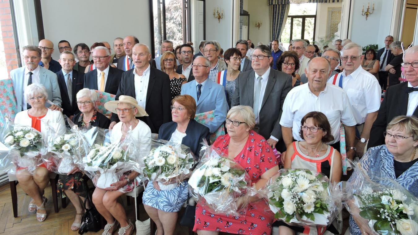Auberchicourt Sept Couples Honores Pour Leur Anniversaire De