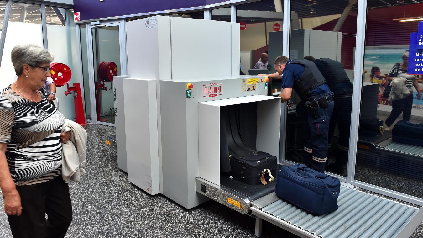 Lesquin dans les coulisses de la douane à l aéroport