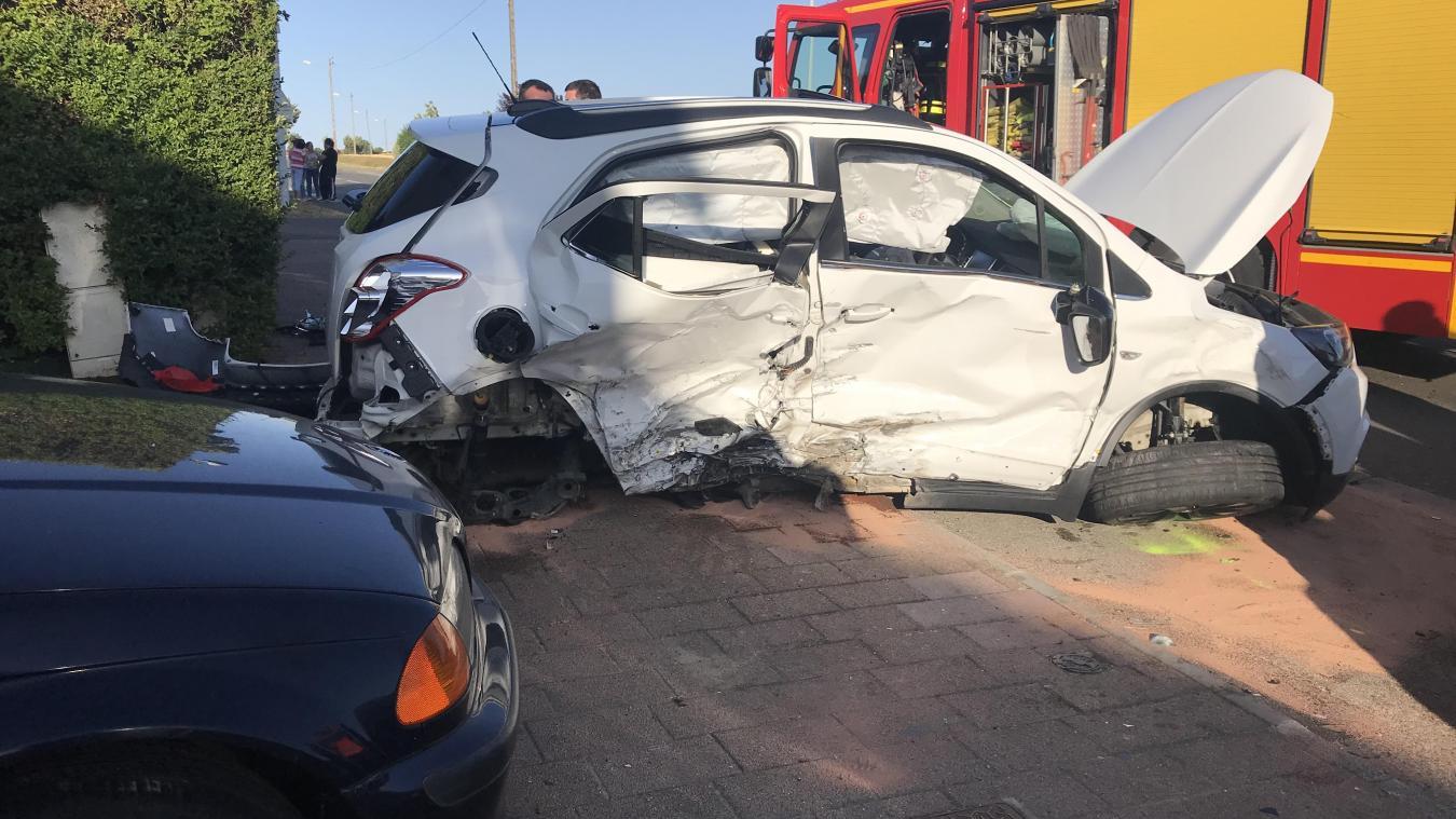 Un enfant de huit ans est décédé dans la collision entre deux voitures.