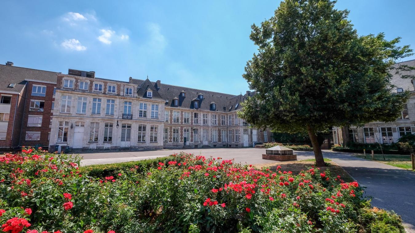 Lille Le Jardin De L Abbaye De Loos Havre De Paix Citadin