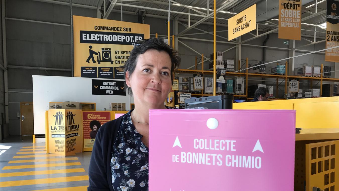 bb2fad28440b0 En partenariat avec Electro Dépôt, son employeur, Maureen Govart organise  une collecte de bonnets