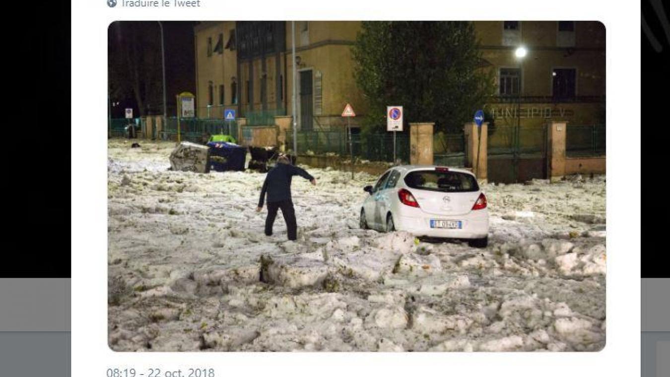 Rome: une mini banquise se forme après d'importantes chutes de grêle