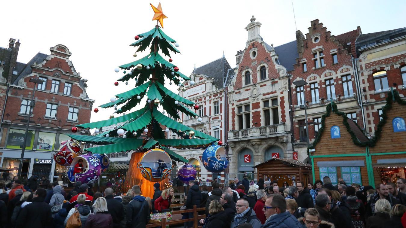 Marche De Noel Bethune Béthune Chalets, manèges et patinoire pour une cité de Noël